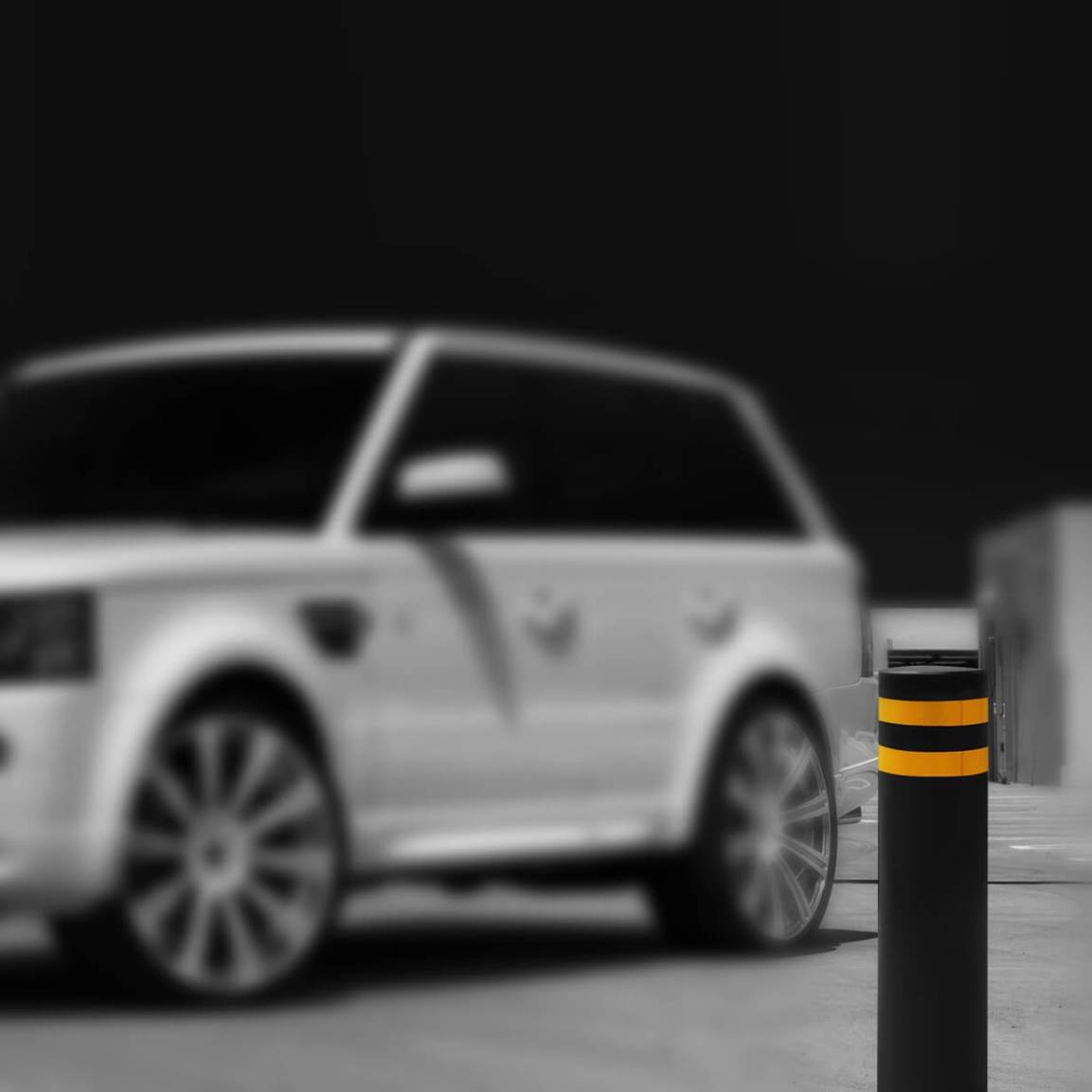 Stable HVM Security Bollard